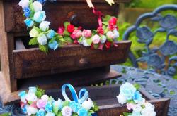 村娘の花飾りたち